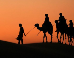 private 4 days Marrakech tour to Merzouga and Fes,4x4 Morocco tours,adventure Marrakech trip